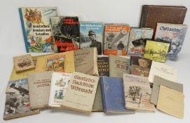 22 militärhistorische Bücher / Hefte