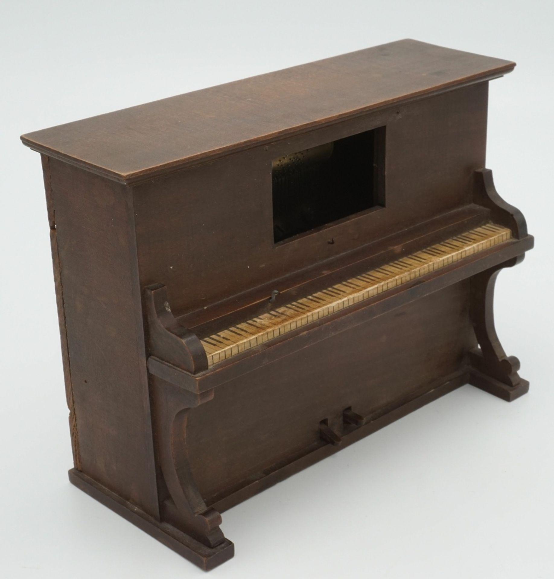 Spieluhr als Klavier
