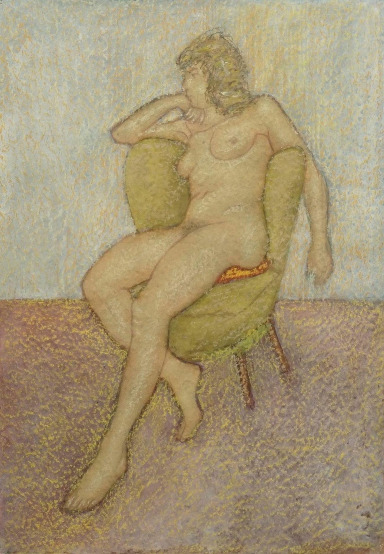 Franz Werneke, Sitzender weiblicher Akt auf grünem Sessel