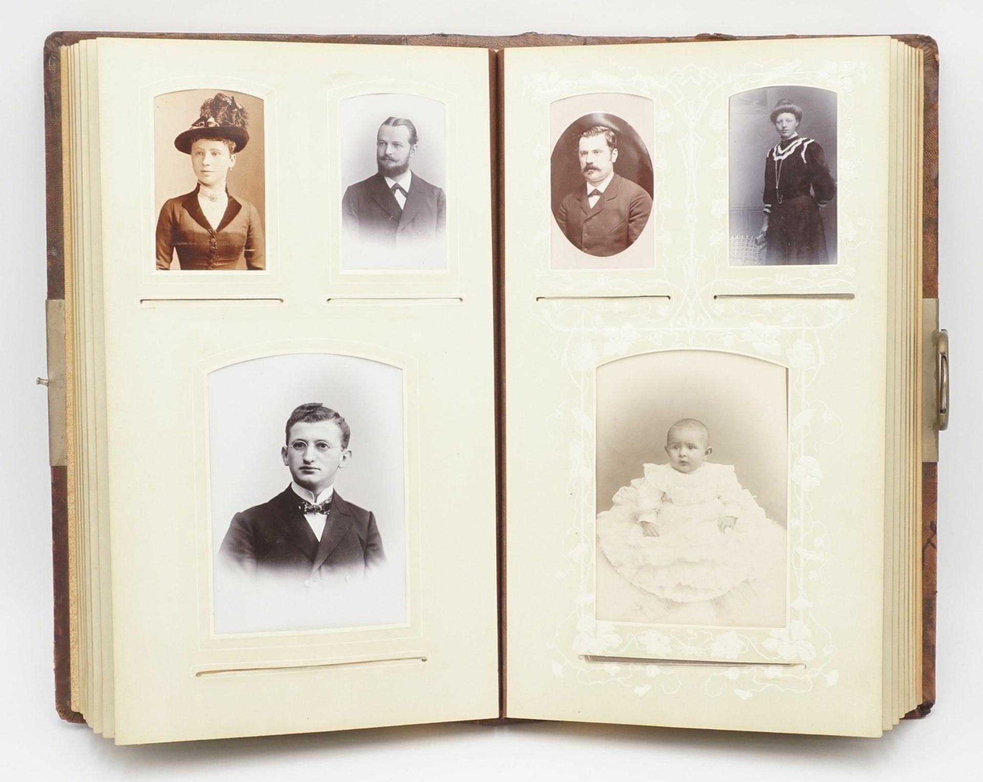 Fotoalbum, um 1900 - Bild 2 aus 4