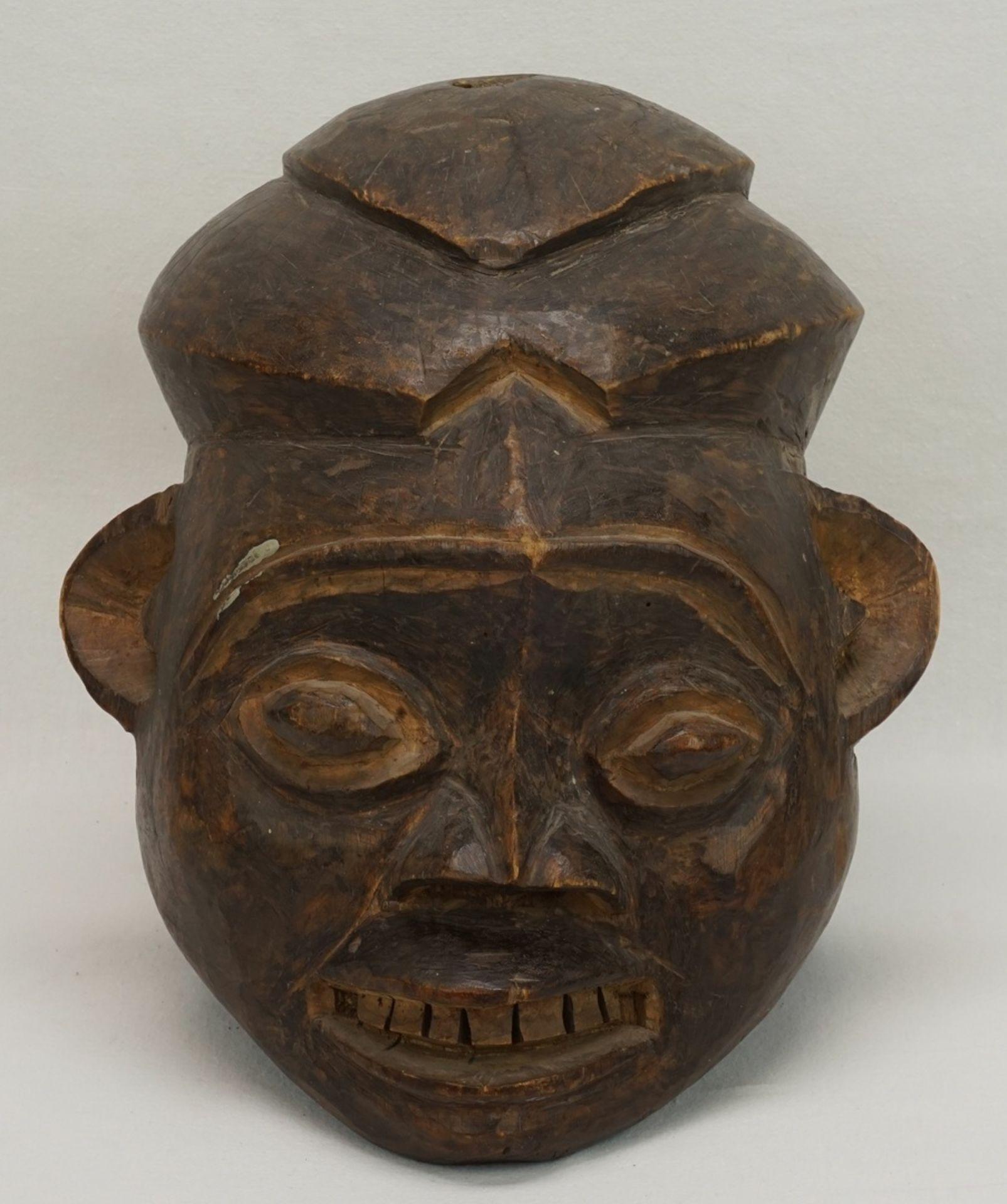 """Weibliche Maske """"ngoin"""", Bamileke, Kameruner Grasland"""