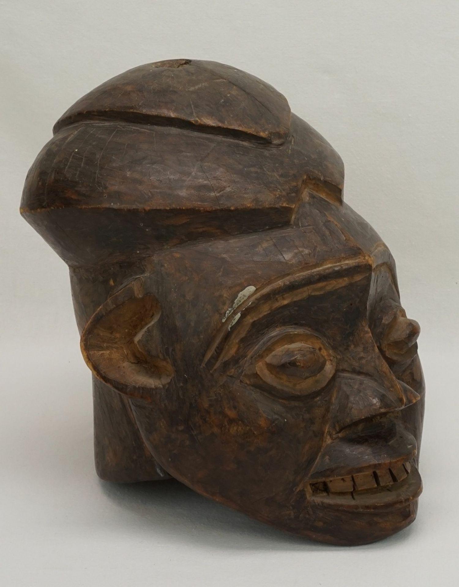 """Weibliche Maske """"ngoin"""", Bamileke, Kameruner Grasland - Bild 2 aus 5"""