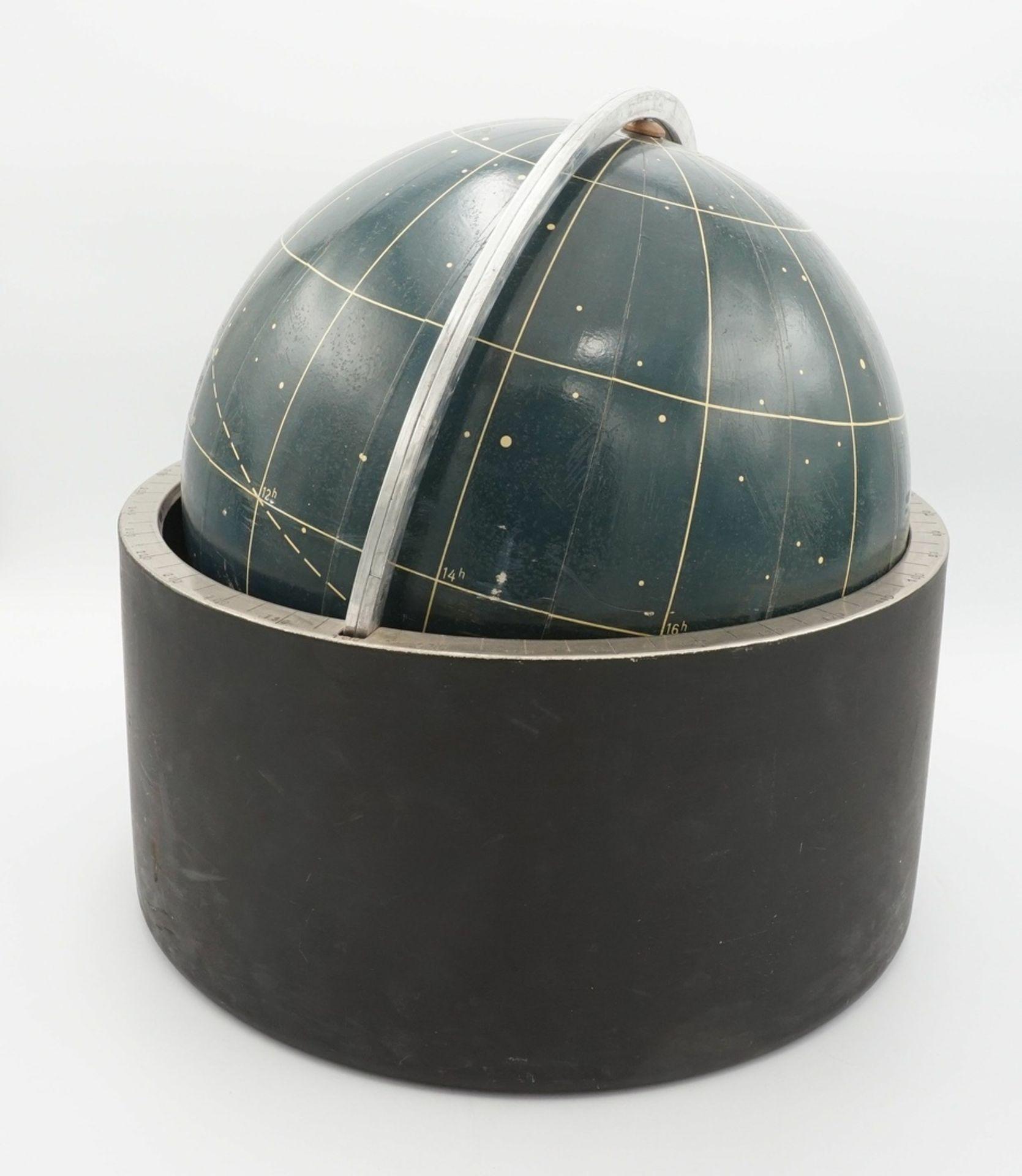 Himmelsglobus von Erich Bartl, wohl um 1970 - Bild 2 aus 2