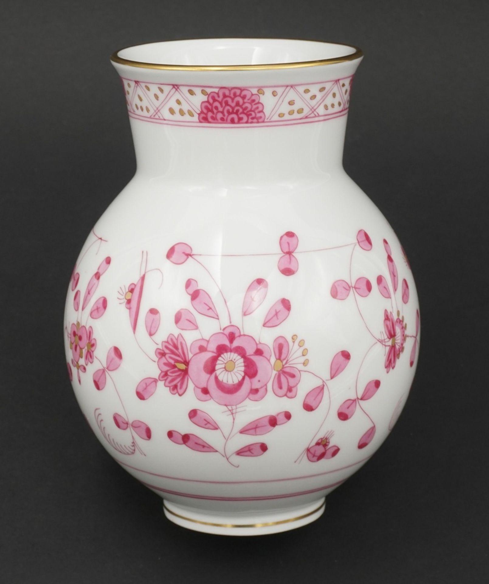 Meissen Vase mit indischer Malerei
