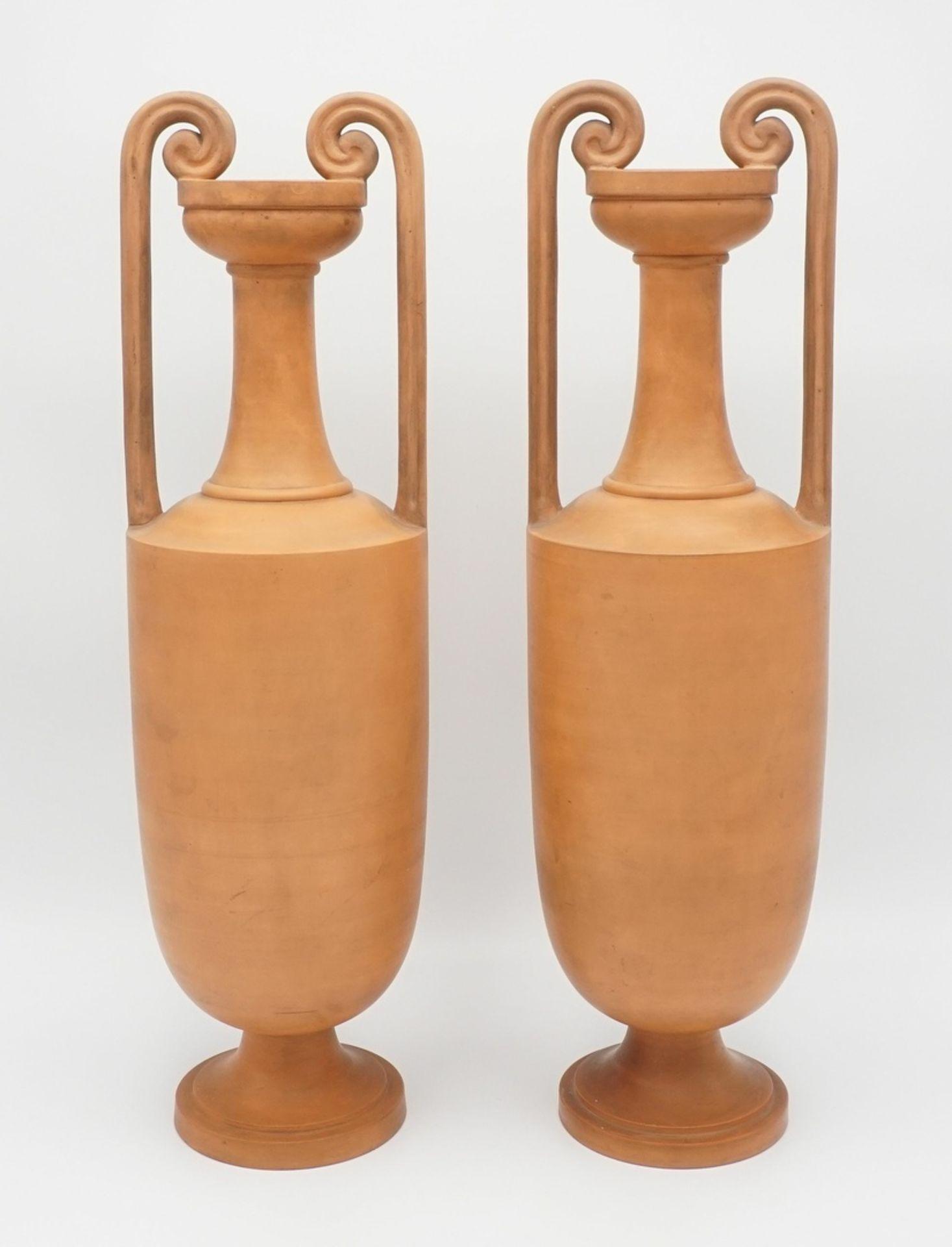 Zwei P. Ipsen´s Enke Kgl. Hof-Terracotta-Fabrik Amphorenvasen, um 1890 - Bild 2 aus 4