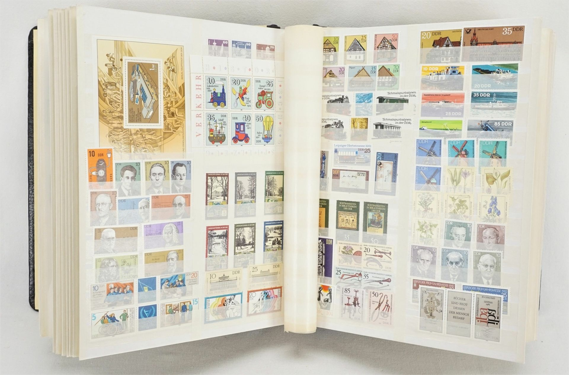Ca. 1685 Briefmarken, Blocks und Ersttagsbriefe (FDCs), DDR - Bild 2 aus 3