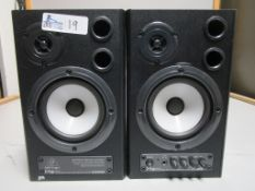 LOT OF 2 BEHRINGER MS40 POWERED SPEAKERS