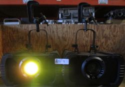 LOT OF 2 AMERICAN DJ H20 250EX LIGHTS