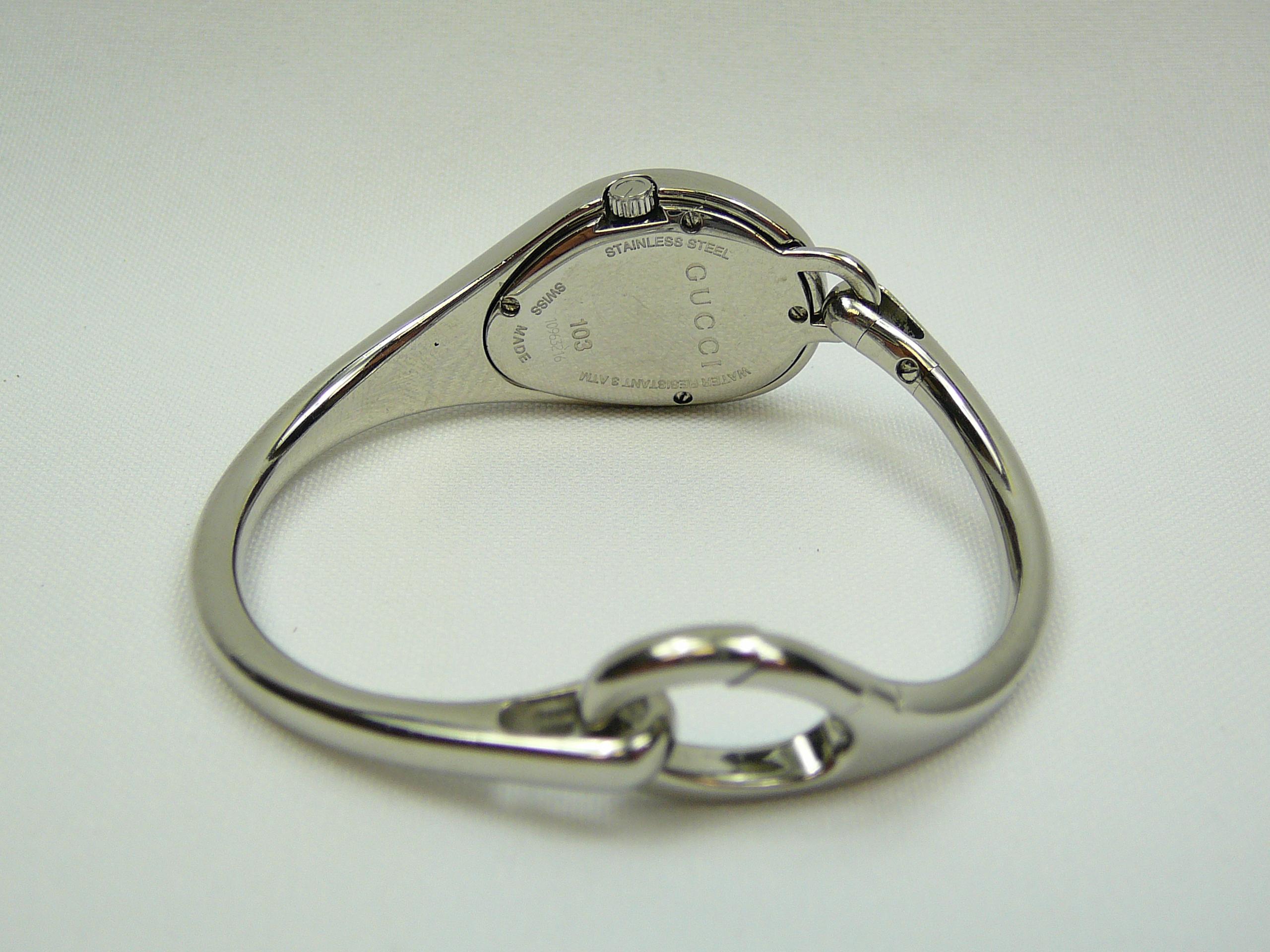 Ladies Gucci Bangle Wrist Watch - Image 3 of 3