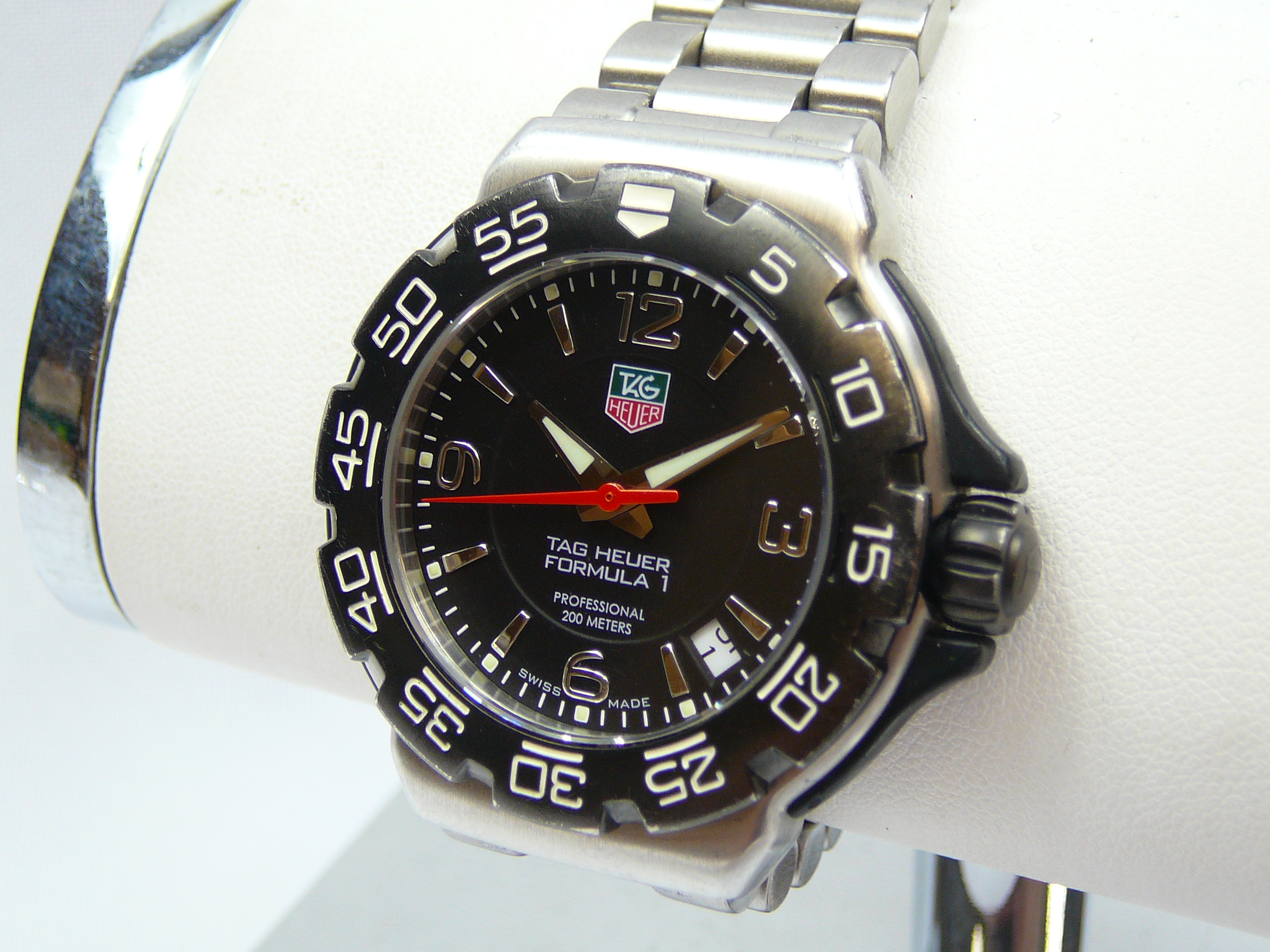 Mid Size Tag Heuer Wrist Watch - Image 2 of 3