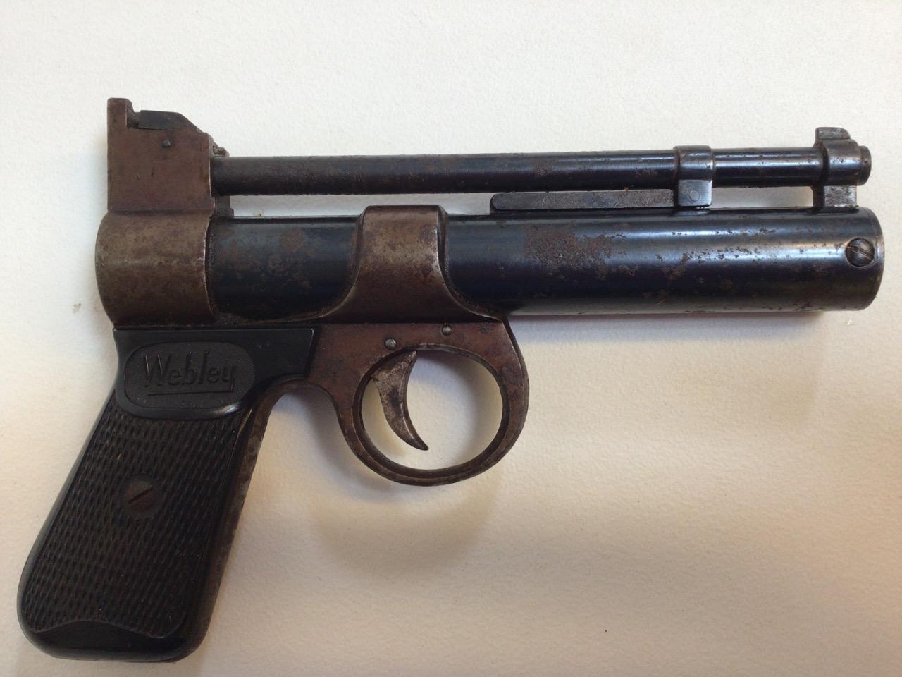 A Webley Junior 177 Air pistol by Webley and Scott ltd Birmingham. - Image 4 of 4