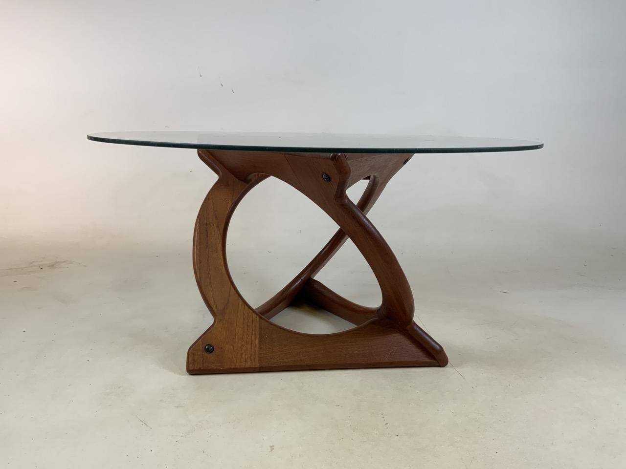A Danish Glass top coffee table by Georg Jenson for Kubus. Diameter 75cm, Heoght 39cm