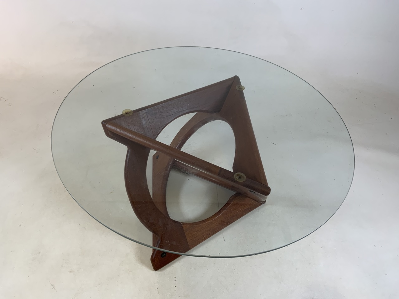 A Danish Glass top coffee table by Georg Jenson for Kubus. Diameter 75cm, Heoght 39cm - Image 5 of 5