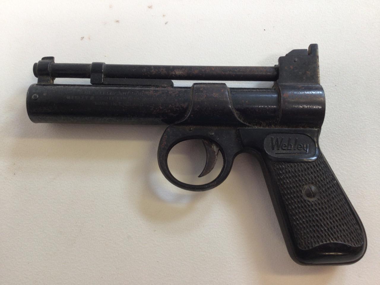 A Webley Junior air pistol. Webley Scott ltd Birmingham 4. W:19cm x D:13cm.