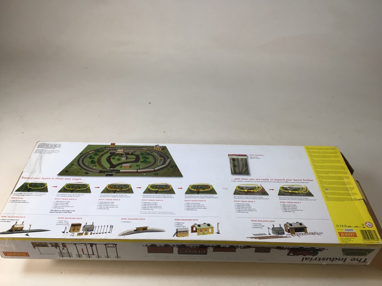 A Hornby Industrial Set (boxed) and unused with six extra carriages (used) 00 gauge. - Image 4 of 9