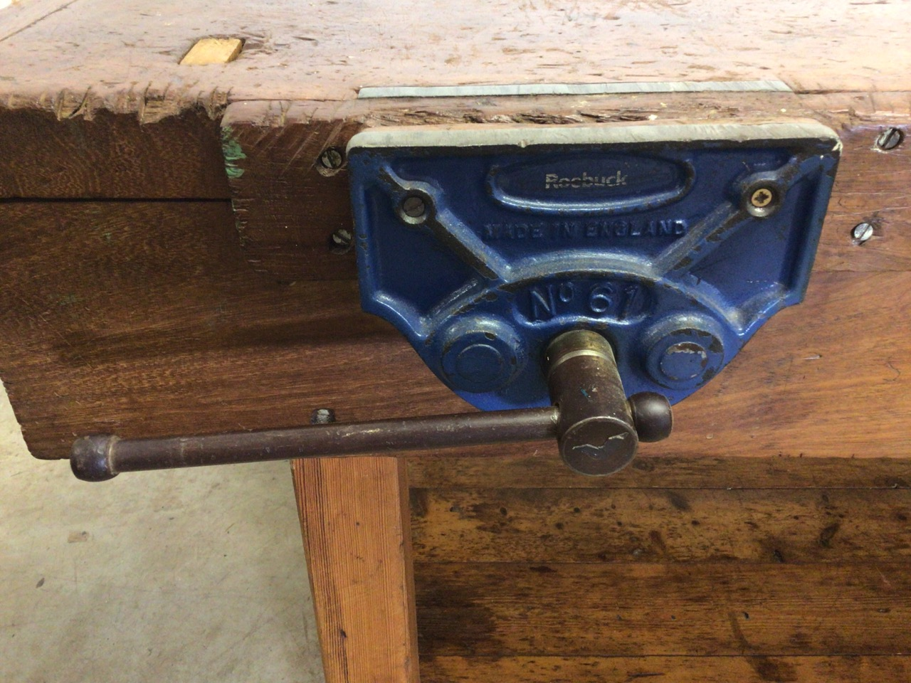 An antique Hardwood workbench with two vices and a lower shelf. W:140cm x D:85cm x H:78cm - Image 2 of 6