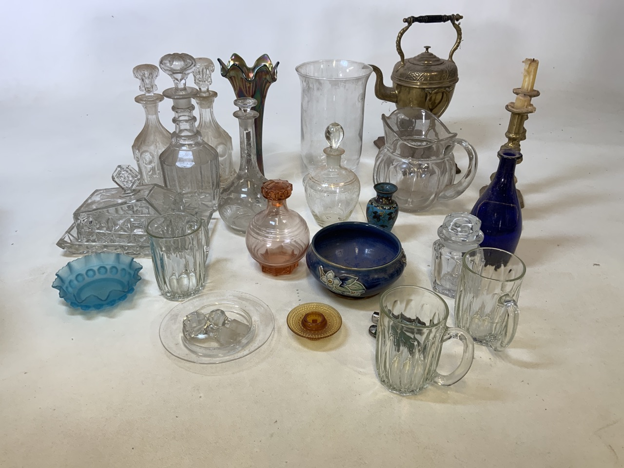 A mixed collection of glass, metal wear and ceramics. To include a brass kettle and a pair of - Image 2 of 6