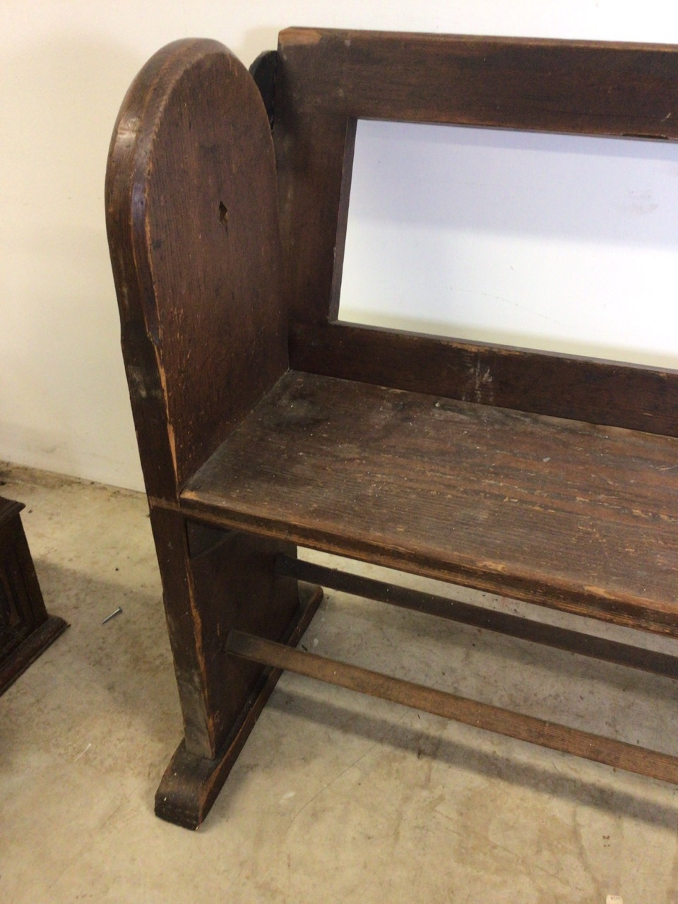 A pitch pine pew with reversable back rest and double footrests. W:215cm x D:50cm x H:82cm - Image 3 of 7