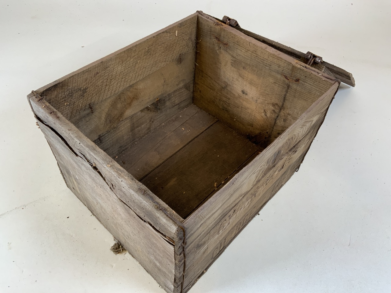 Four Whiteways Cyder Co ltd Cider boxes. From Whiteways, Hele, Exeter. W:32cm x D:39cm x H:28cm - Image 5 of 5