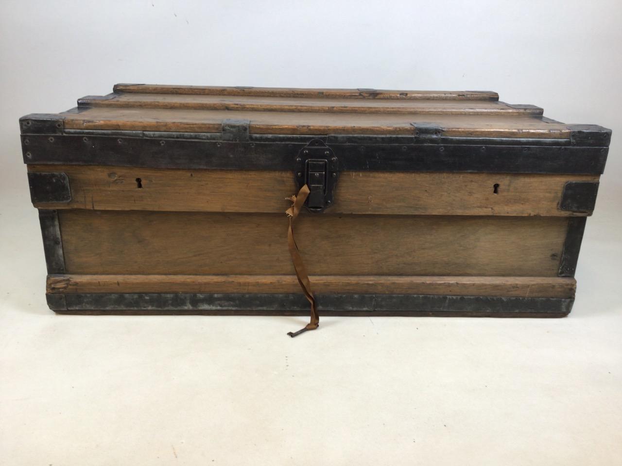A large 19th century lead trunk with metal bound edges. W:97cm x D:60cm x H:36cm