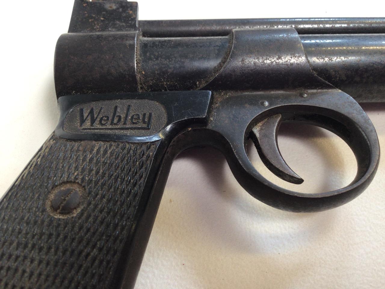 A Webley Junior air pistol. Webley Scott ltd Birmingham 4. W:19cm x D:13cm. - Image 3 of 4