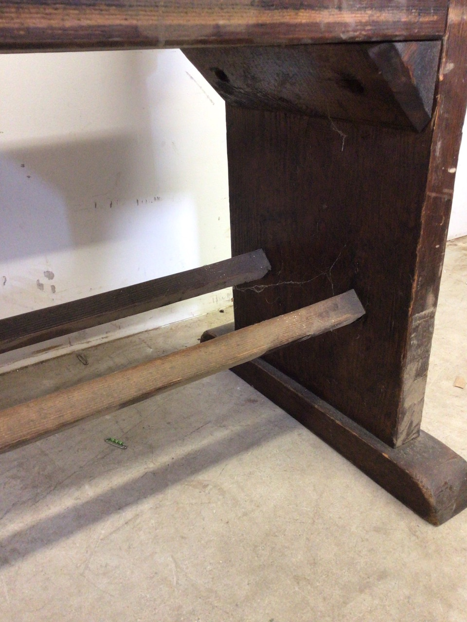 A pitch pine pew with reversable back rest and double footrests. W:215cm x D:50cm x H:82cm - Image 4 of 7