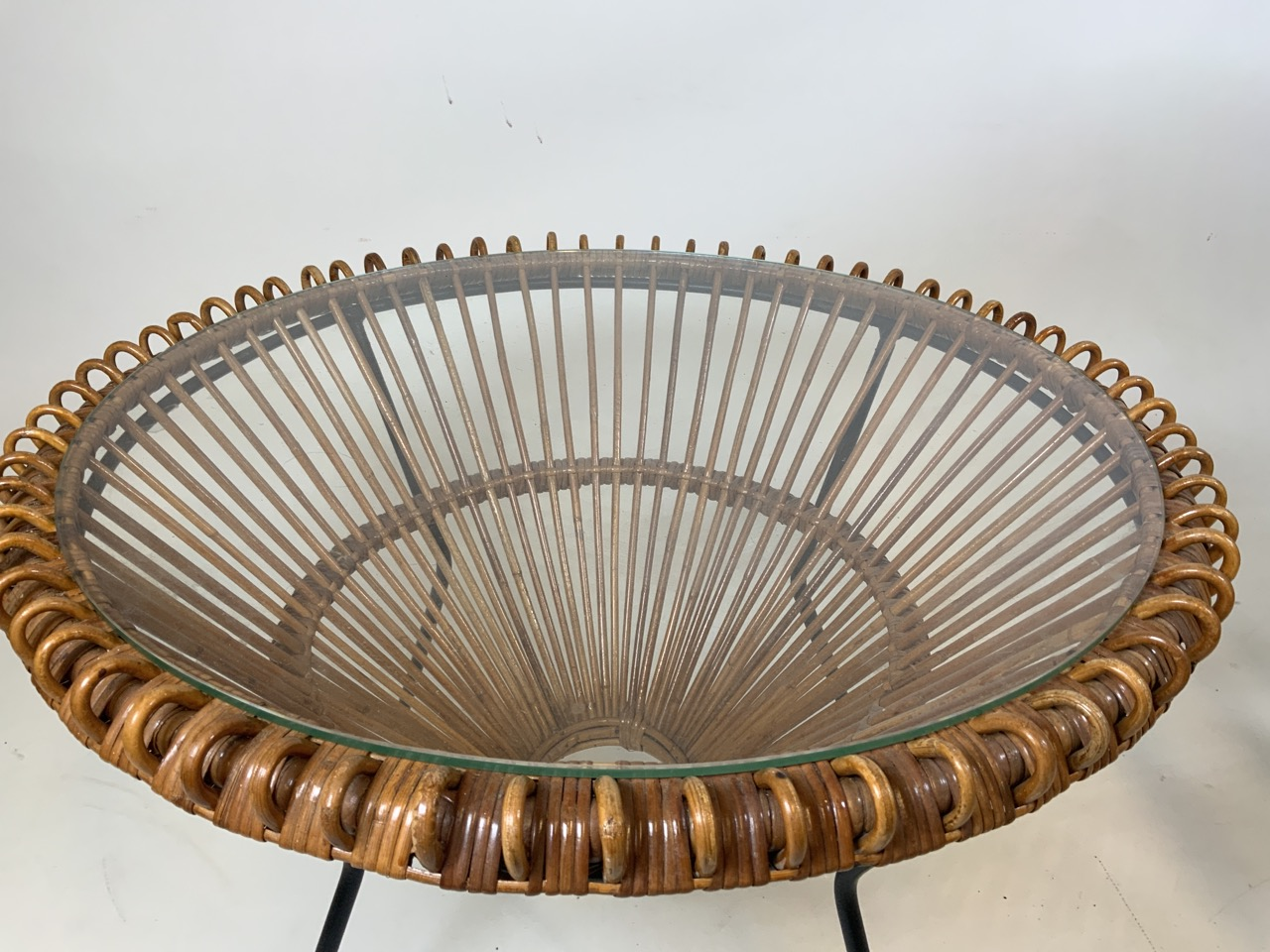 A Franco Albini mid century circular coffee table in wicker and metal with glass top and two - Image 7 of 7