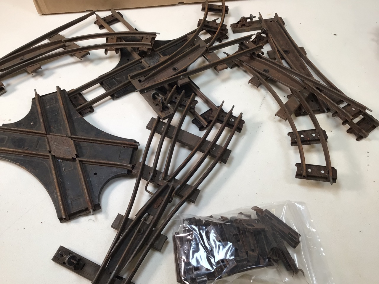 A large collection of 0 gauge Hornby tinplate items to include track, track accessories, buffers, - Image 4 of 5