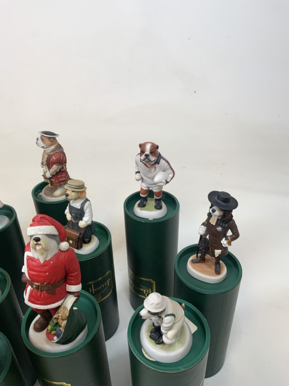 A collection of 16 Robert Harrop Doggie People in original boxes. Including Old English Sheep dog - Image 4 of 7