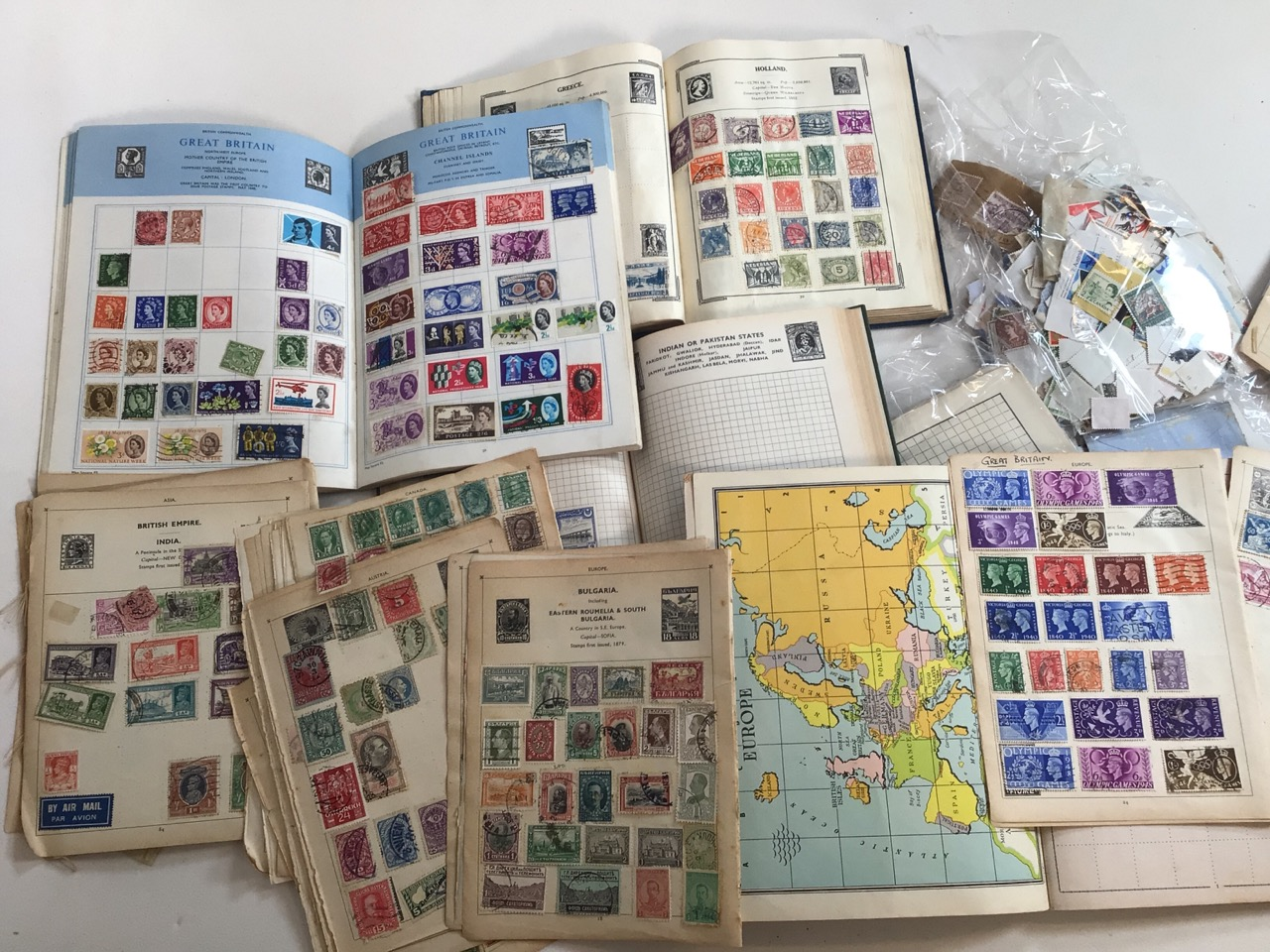 A large collection of stamps Great Britain and Europe.