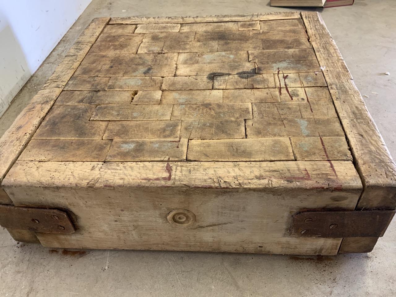 A square butchers block, without base. W:62cm x D:62cm x H:18cm - Image 4 of 5