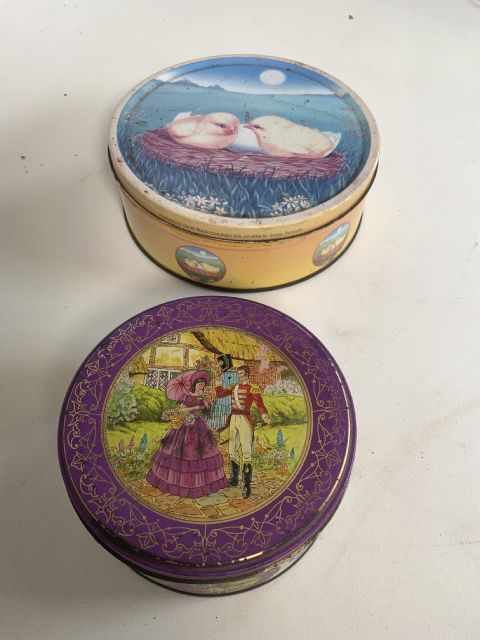 A collection of metalware including two nightlight holders with covers, a brass candle stick with - Image 7 of 8