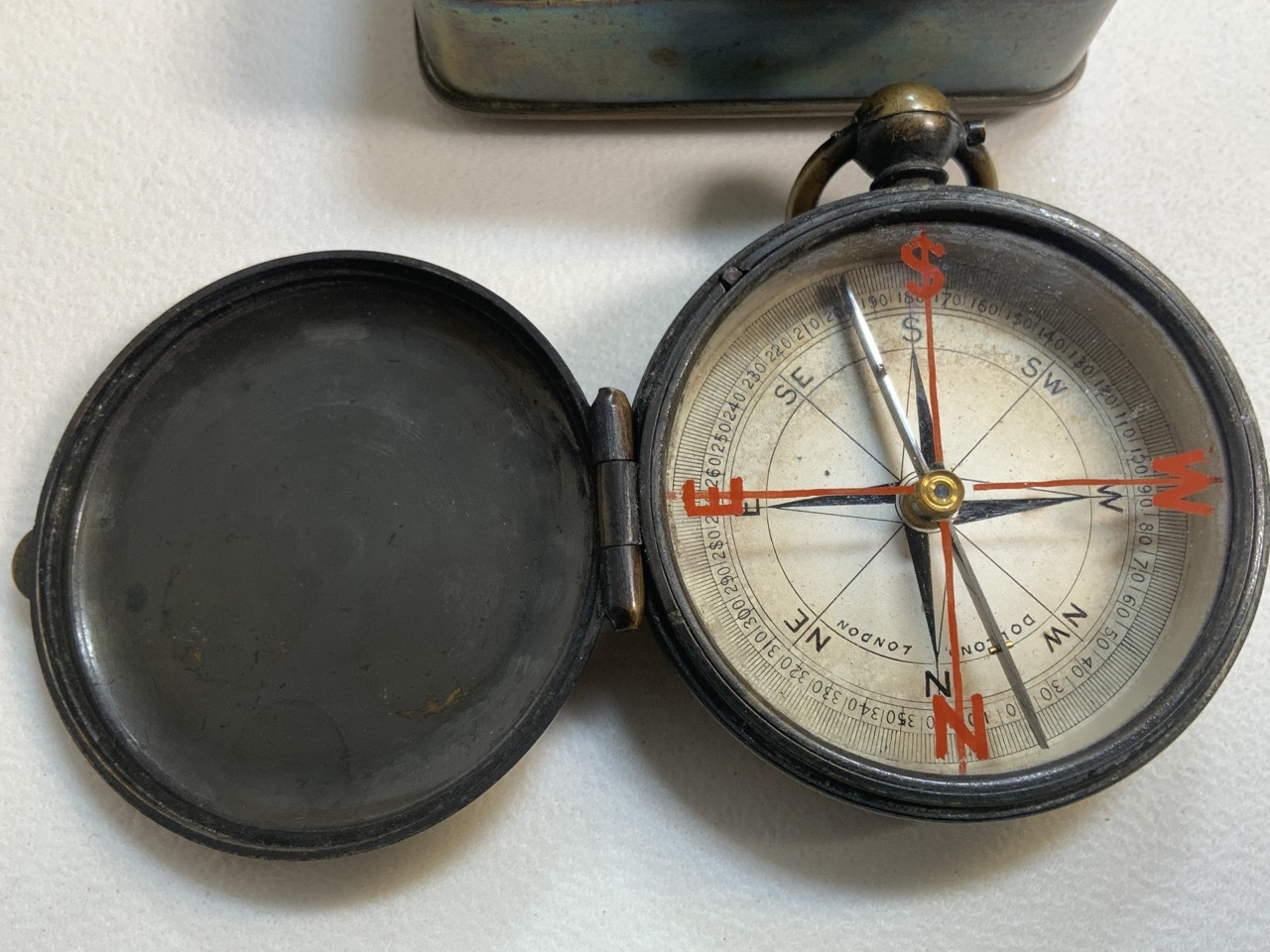 A Victorian brass pocket compass also with a brass snuff box. - Image 2 of 5