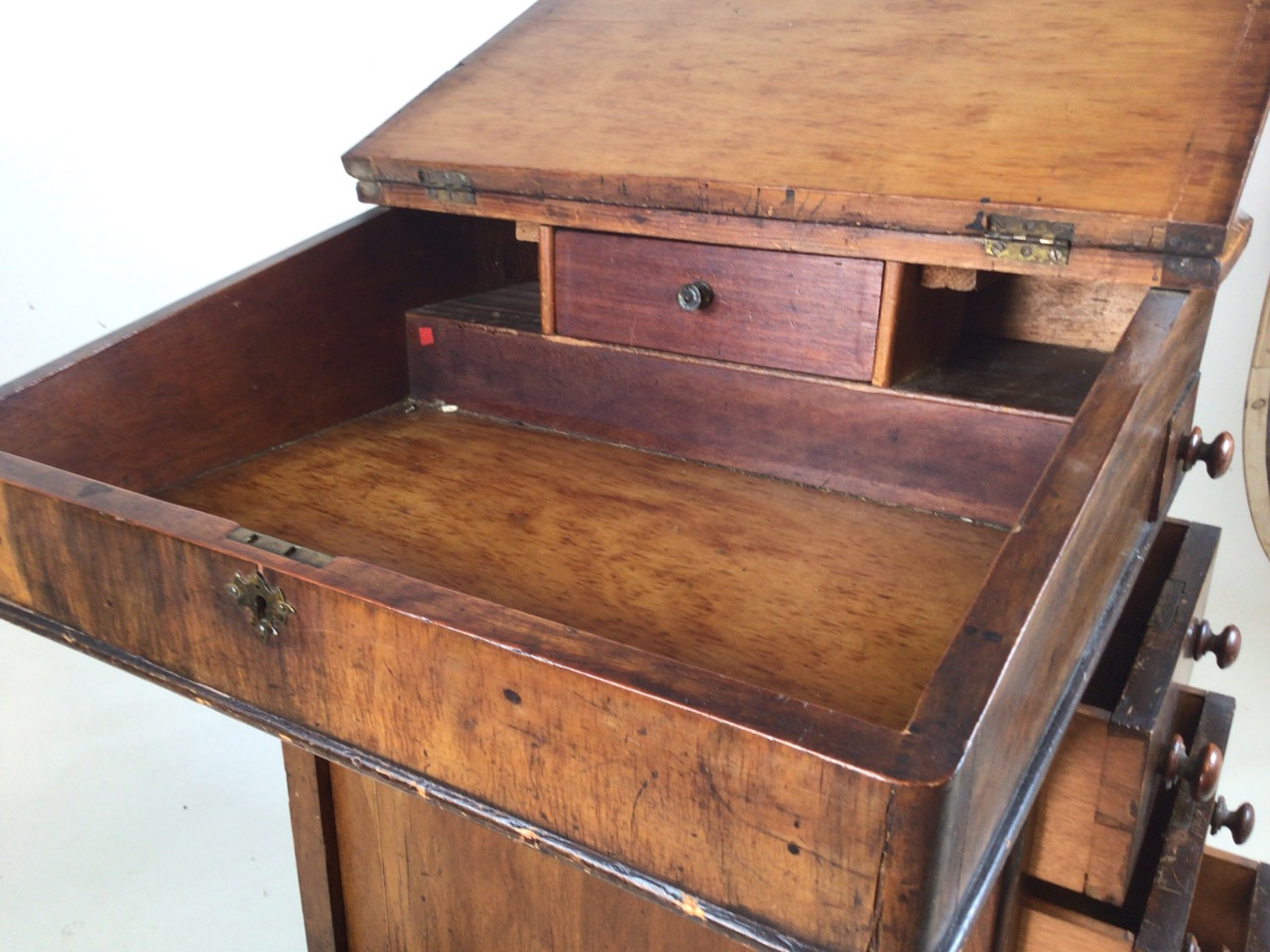 A Victorian inlaid davenport on ceramic castors with leather writing slope to interior desk. With - Image 6 of 7