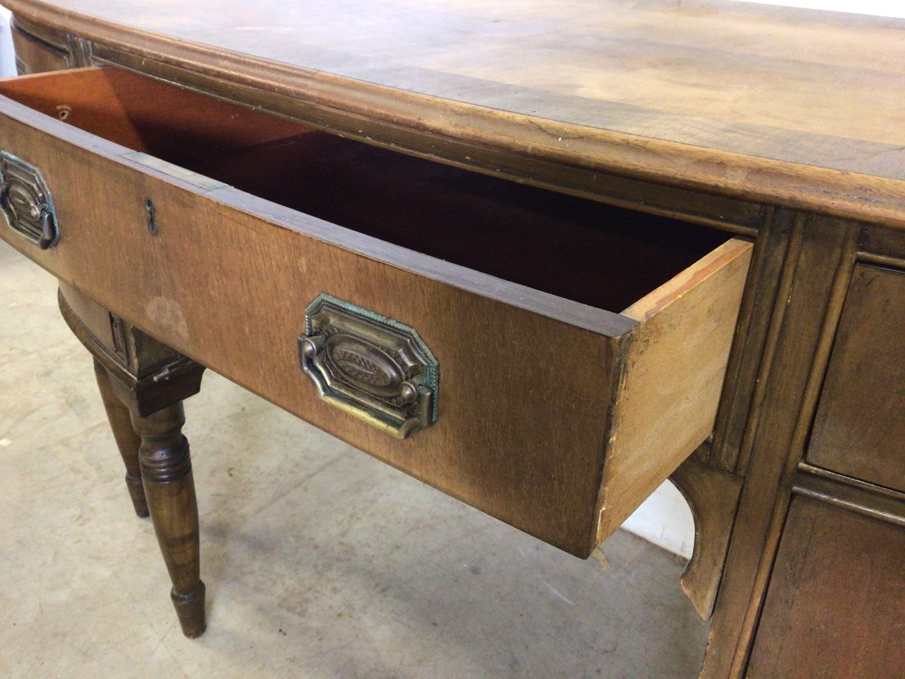 A small curved ladies desk with large central drawer with two drawers either side with brass - Image 3 of 6