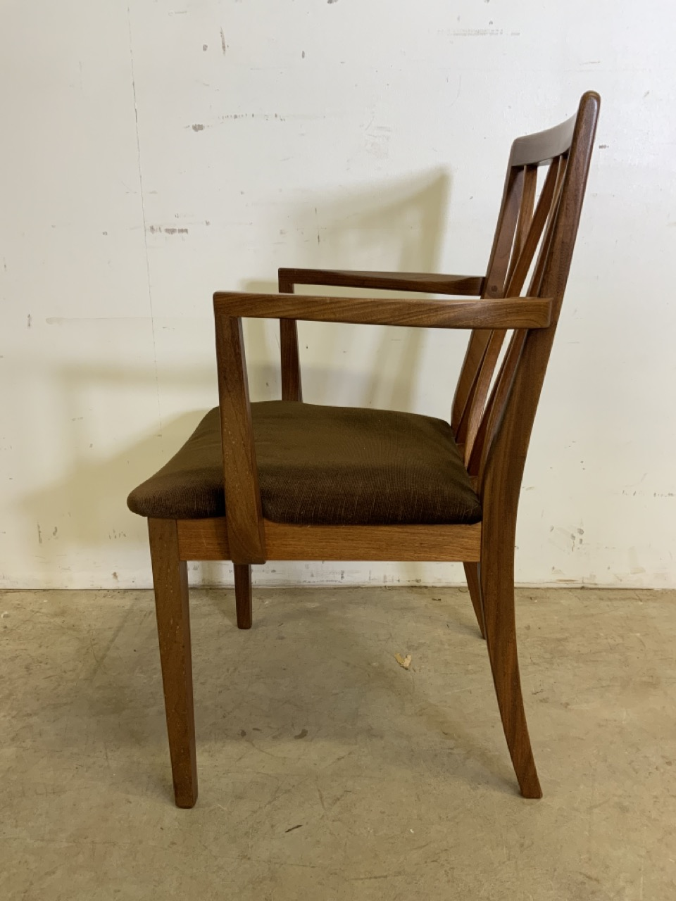 A set of six Fresco G Plan E Gomme limited teak and rosewood chairs to include two carvers. With - Image 3 of 7