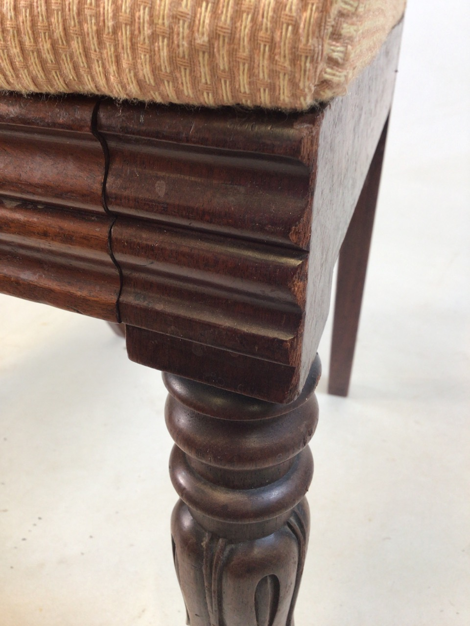 A set of Six William IV dining chairs. Seat height H:48cm - Image 7 of 7