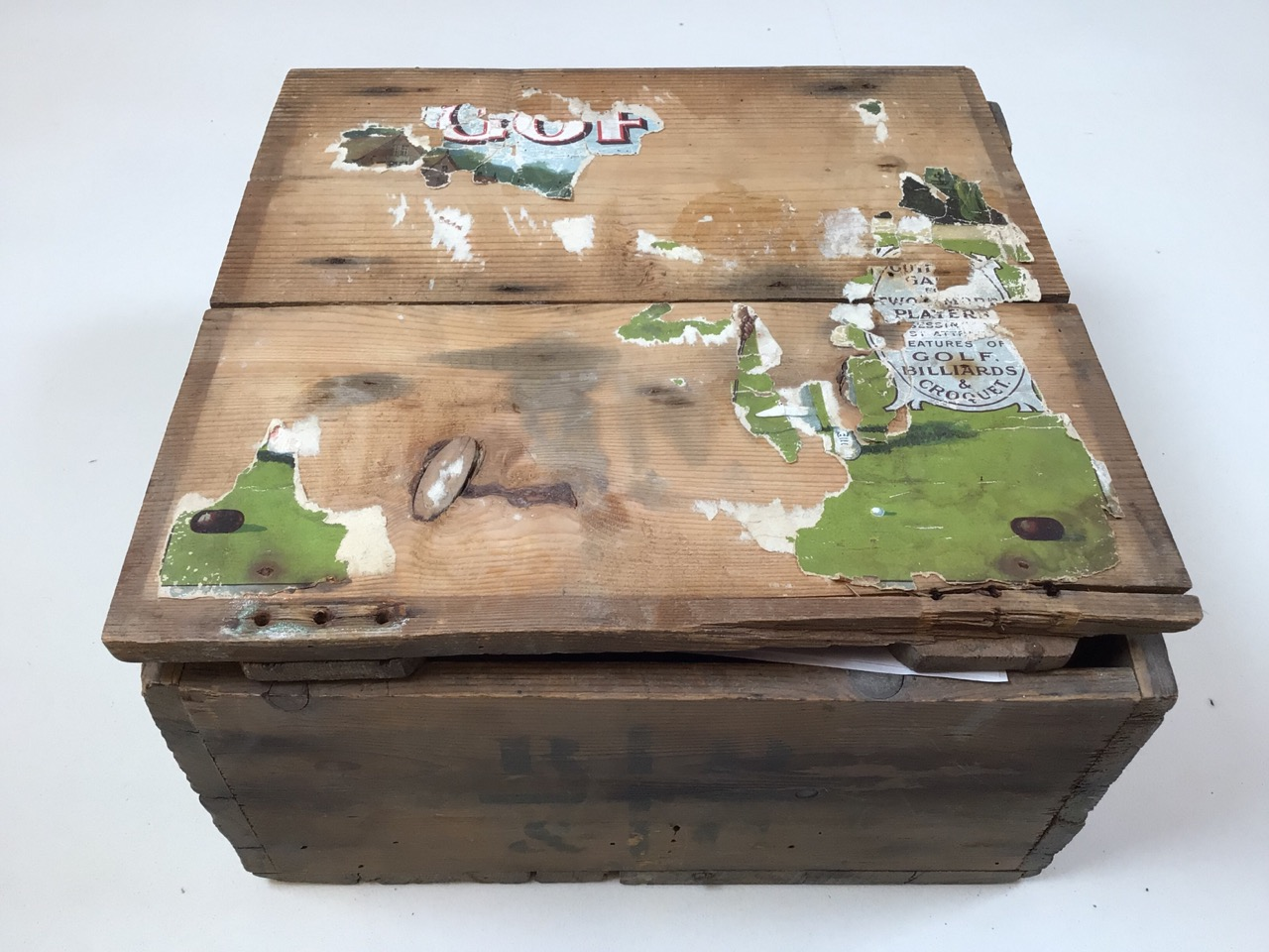 A boxed set Gofky garden game with elements of croquet and billiards. Box size W:28cm x D:28cm x H: - Image 5 of 6