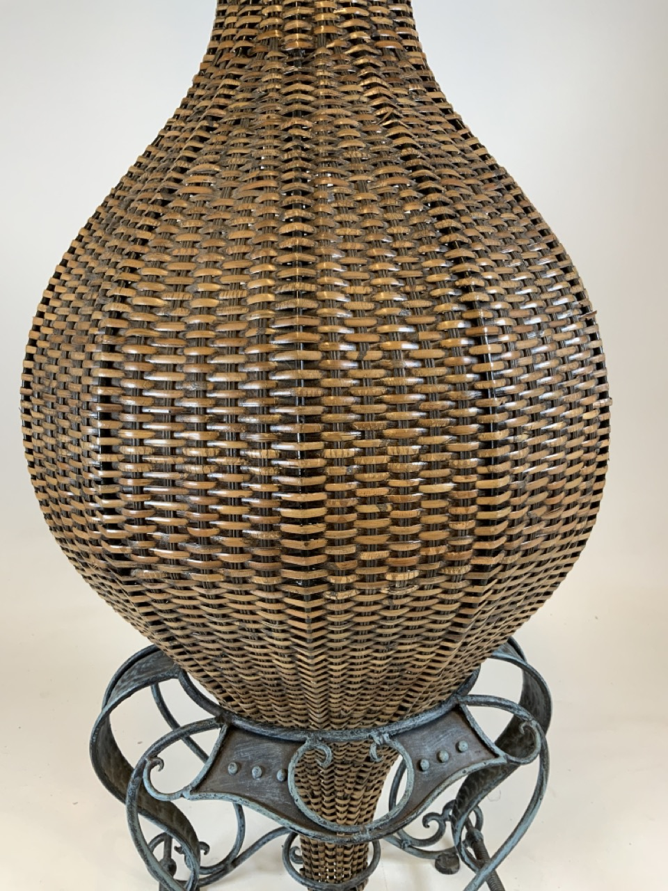 A large wicker conservatory vase in stand with metal hoop handles and decorative metal top. W:24cm x - Image 5 of 5
