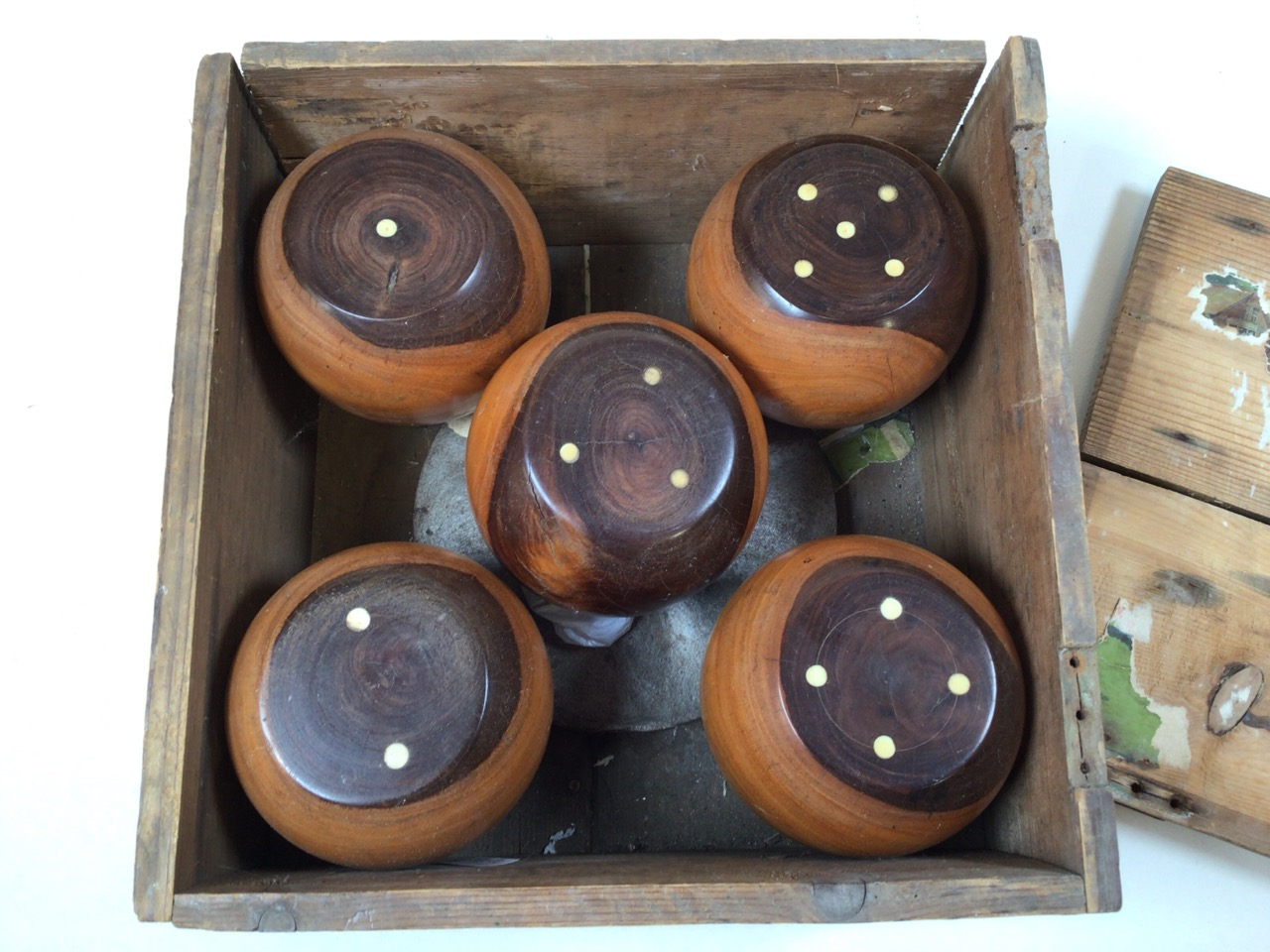 A boxed set Gofky garden game with elements of croquet and billiards. Box size W:28cm x D:28cm x H: - Image 3 of 6
