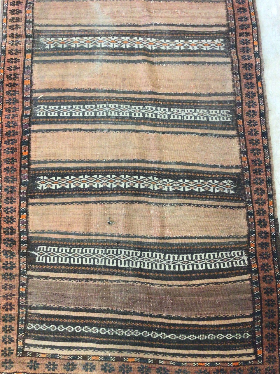 An antique eastern runner with Aztec influence. W:290cm x H:105cm - Image 2 of 4