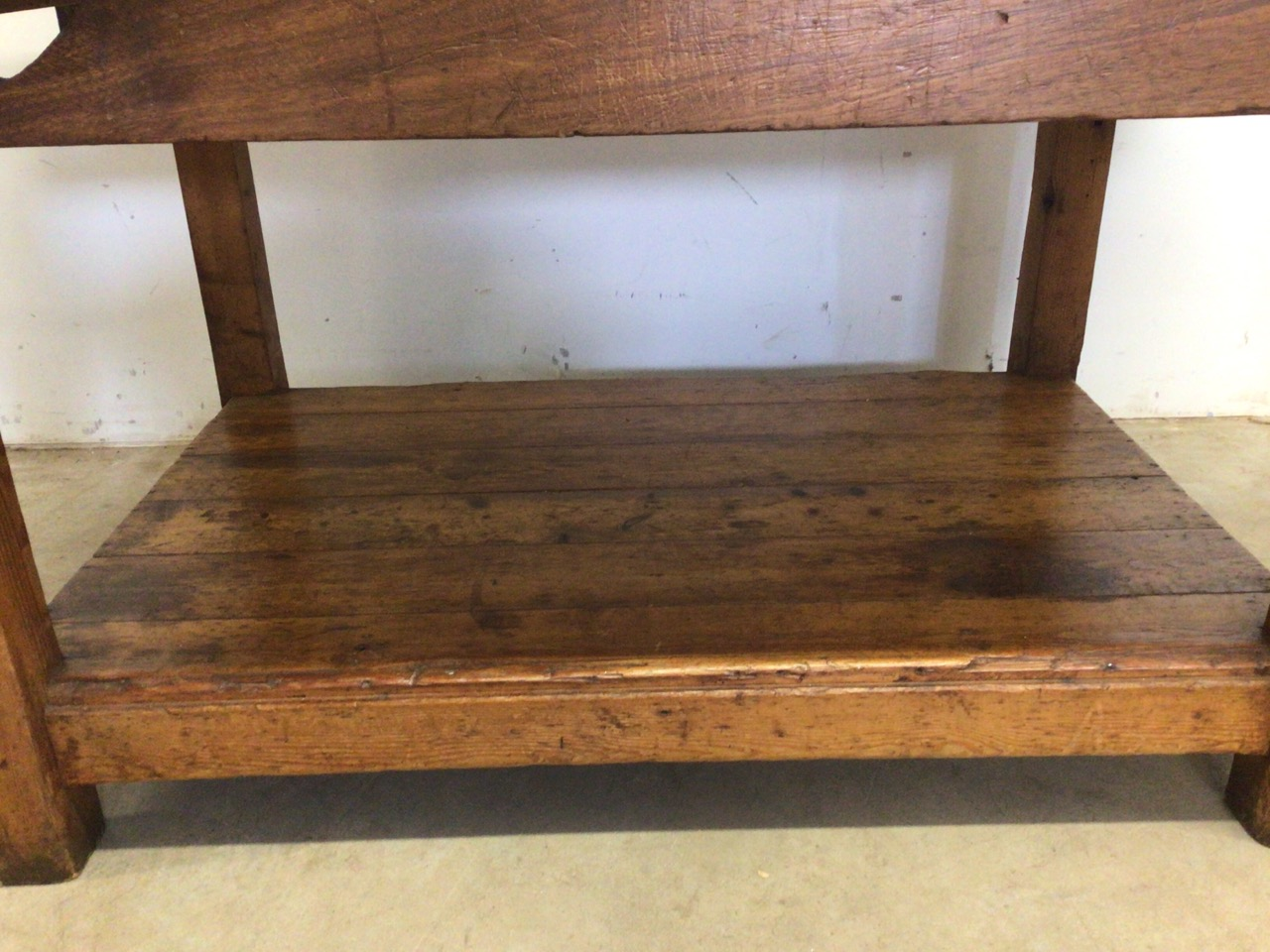 An antique Hardwood workbench with two vices and a lower shelf. W:140cm x D:85cm x H:78cm - Image 4 of 6