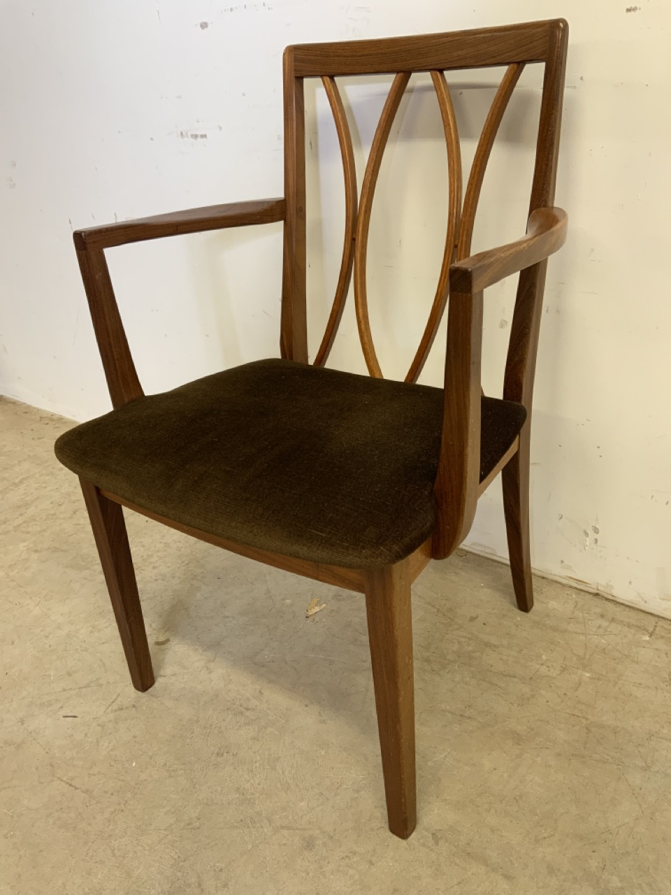 A set of six Fresco G Plan E Gomme limited teak and rosewood chairs to include two carvers. With - Image 7 of 7