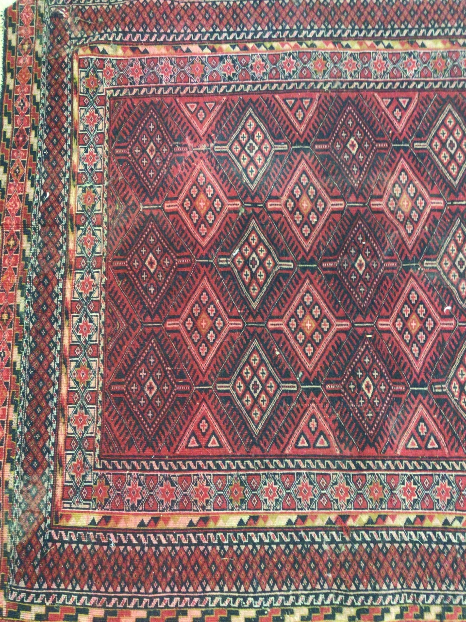 A Tekke Turkoman rug. W:190cm x H:140cm - Image 2 of 4