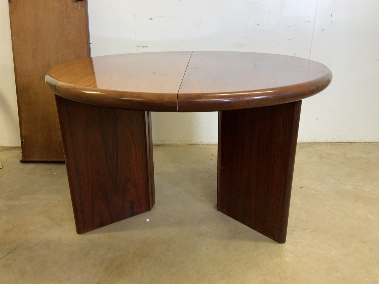 A mid century rosewood Scandinavian extendable table by Svegards Markaryd W:170cm x D:120cm x H:73cm - Image 7 of 8