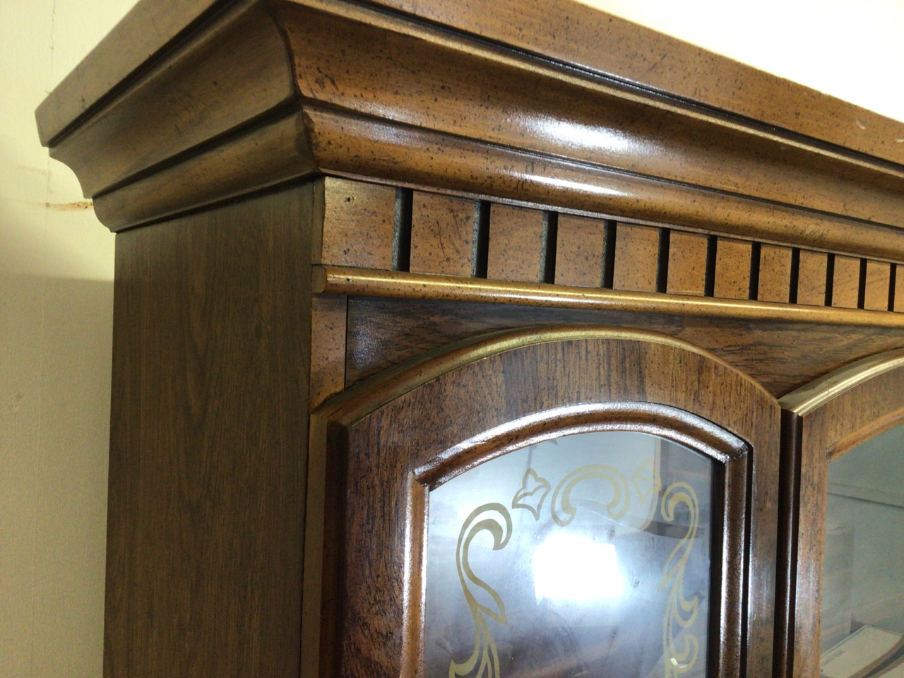 A reproduction glazed two piece display cupboard with decorated glass and cupboard beneath. W: - Image 5 of 5
