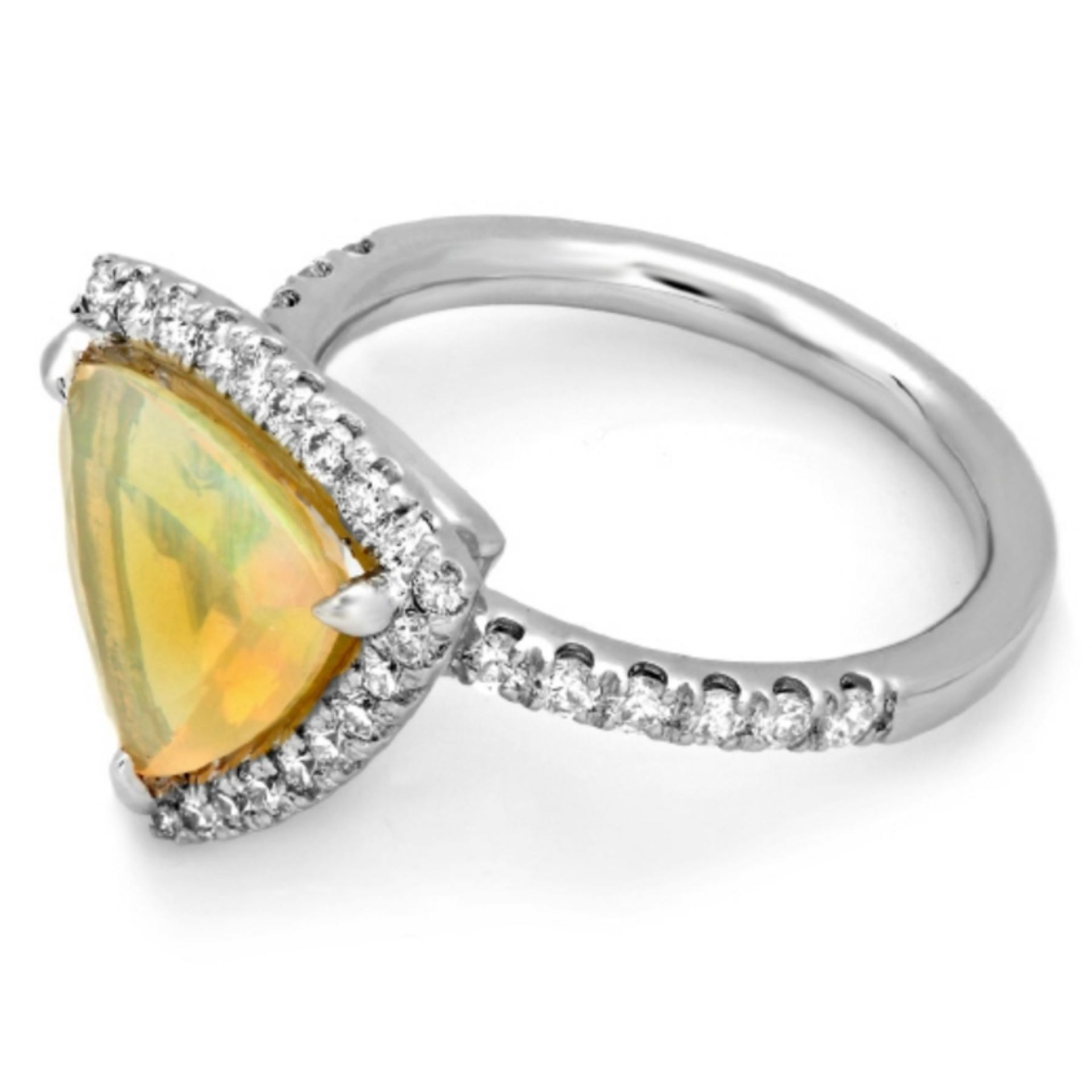 14K Gold 2.00ct Opal & 0.60ct Diamond Ring - Image 2 of 2