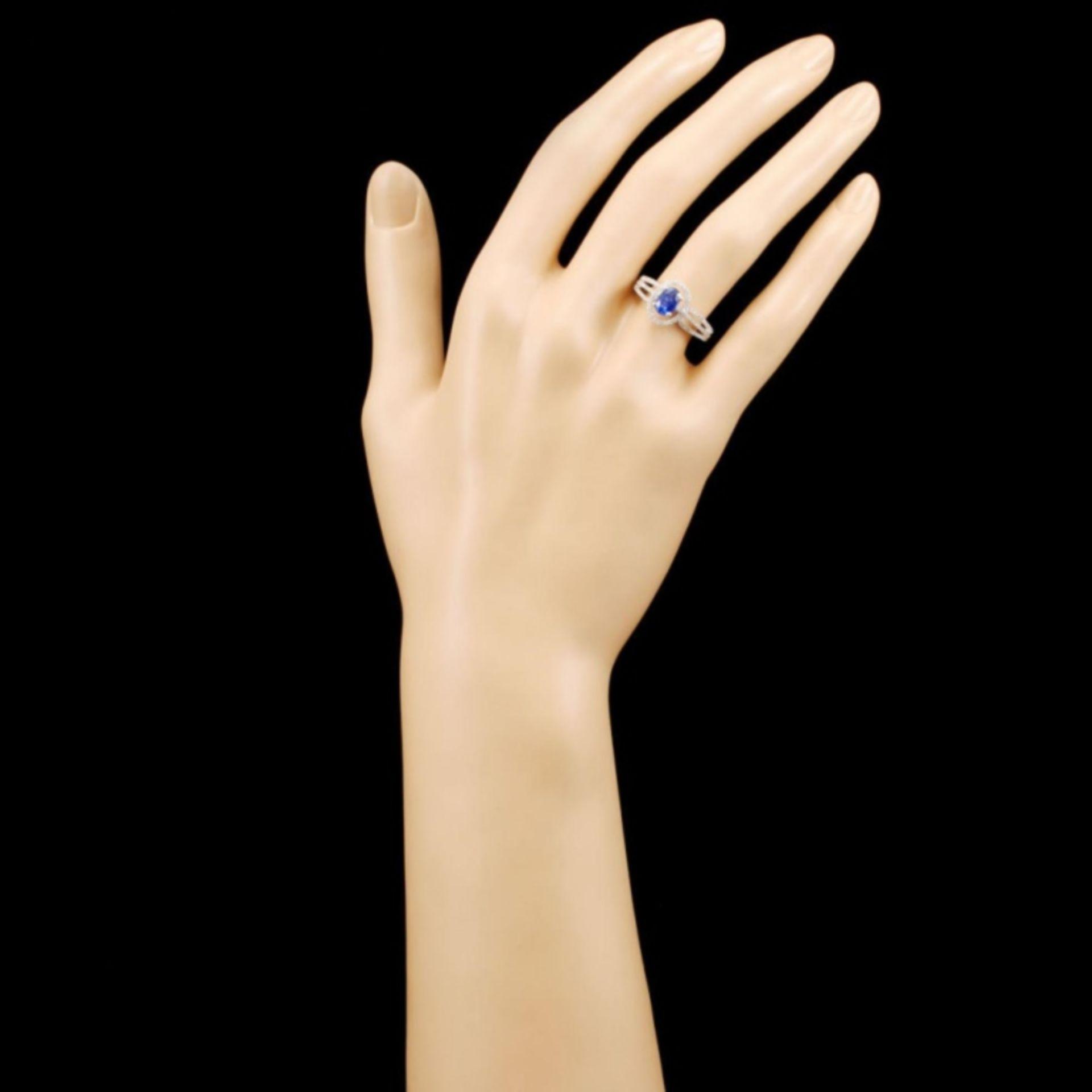18K Gold 0.86ct Sapphire & 0.32ctw Diamond Ring - Image 4 of 5