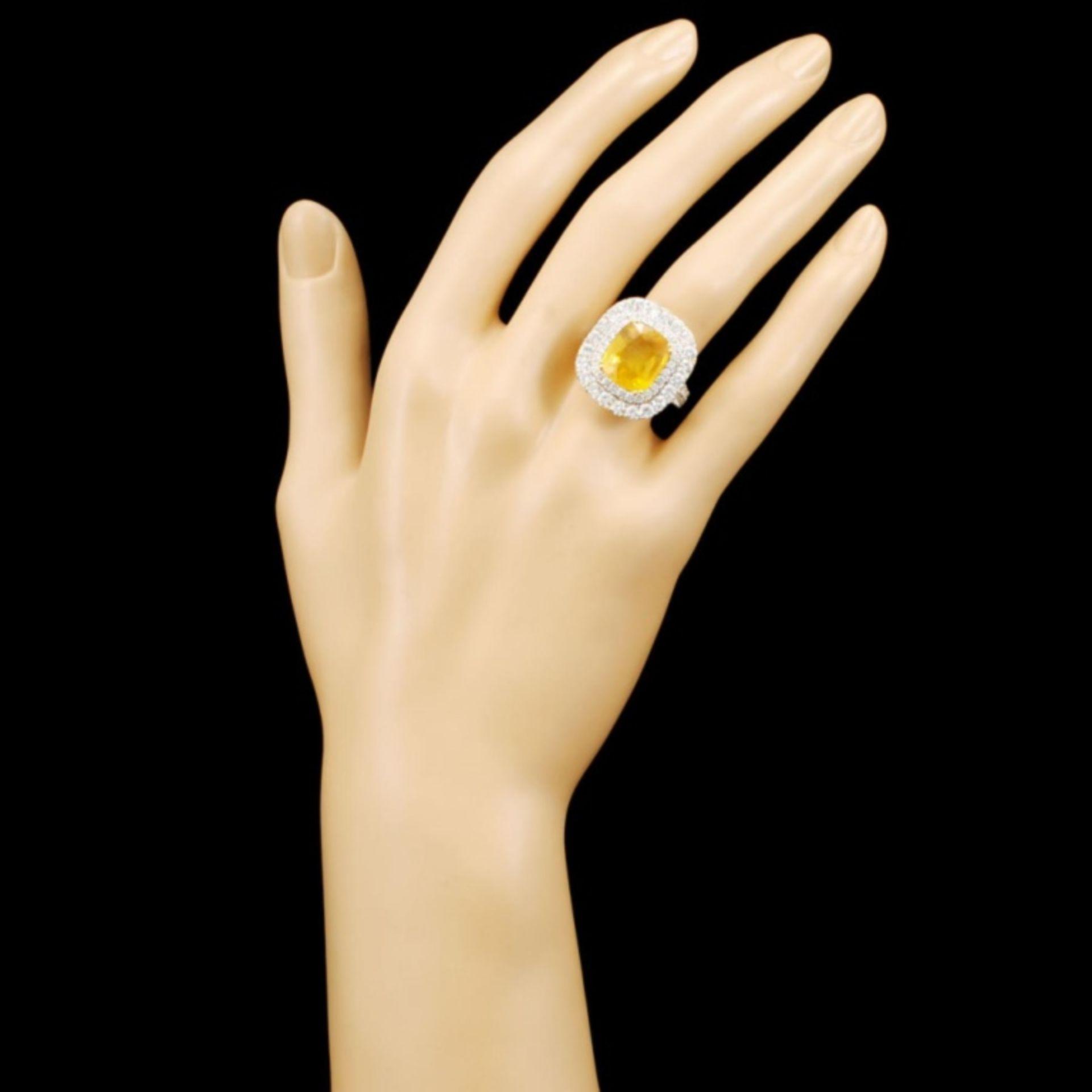 18K Gold 7.66ct Sapphire & 2.99ctw Diamond Ring - Image 4 of 5
