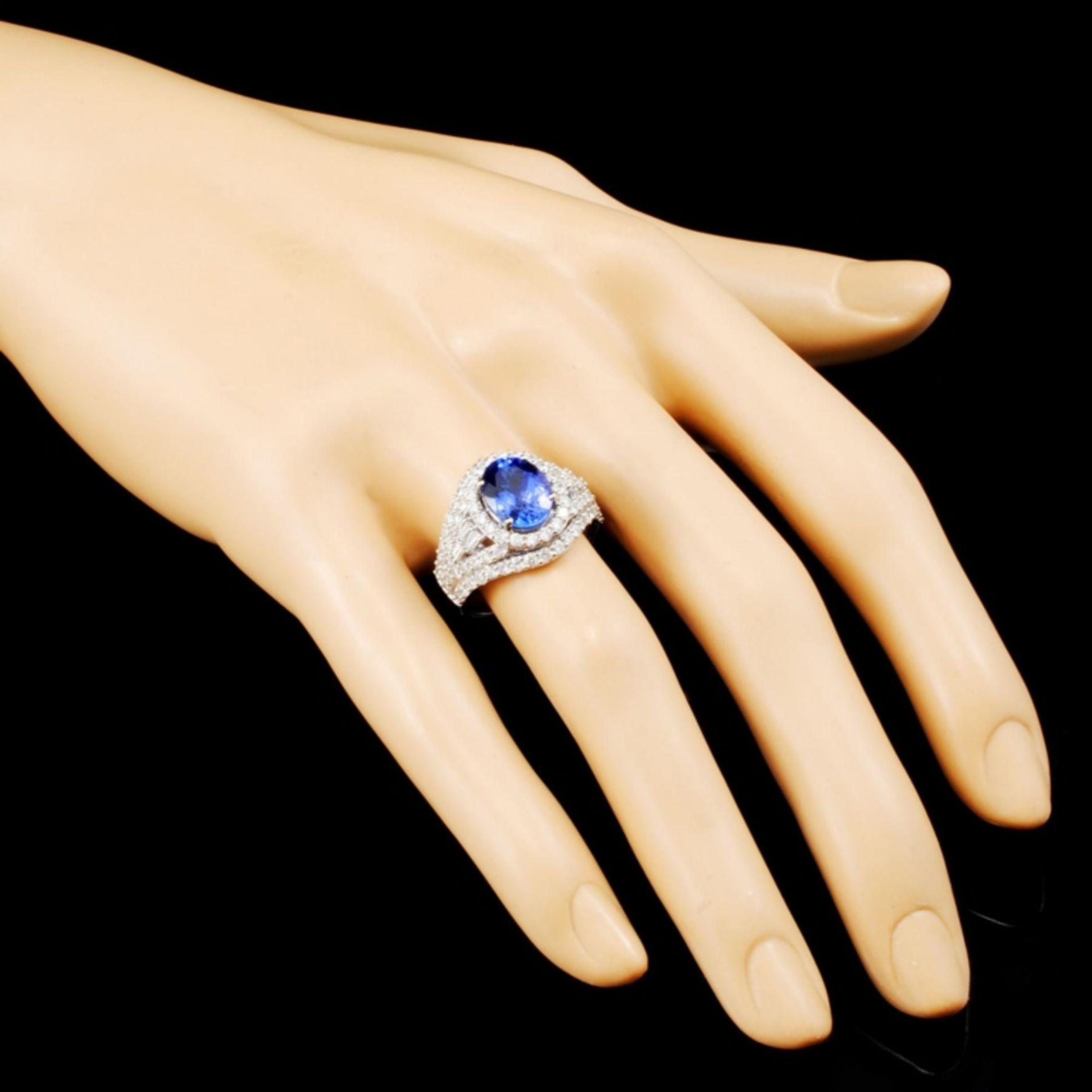 18K Gold 2.81ct Tanzanite & 1.65ctw Diamond Ring - Image 3 of 5